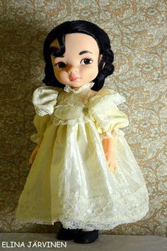 Mulan in a century dress. Mulan Doll, Disney Princess Dolls, Disney Animator Doll, Disney Dolls, Disney Animators Collection Dolls, Never Grow Up, Doll Repaint, Doll Crafts, Victorian Era