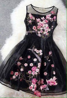Highlight with flower embroidery and organza material, this dress is charming and luxurious. It suit for any occasions: prom party, evening date, daily dress or even birthday party. It worth to get it Short Skater Dress, Promotion Dresses, Lace Dress, Dress Up, Mesh Dress, Summer Dresses 2017, Short Dresses, Girls Dresses, Kids Frocks
