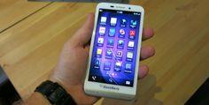 Fotogalerie: pohráli jsme si s bílou variantou BlackBerry Blackberry Apps, Galaxy Phone, Samsung Galaxy, Pictures