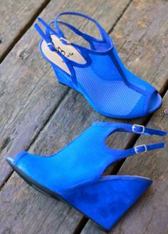 Blue wedges #shoes #wedges #fashion