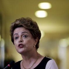Dilma: elogios por ter  manifestado sua posição  Por Aguiasemrumo: Romulo Sanches de Oliveira QUE PAÍS É ESTE? UM GOVERNO NÃO DEVE MANIFESTAR-SE OFICIALMENTE SOBRE QUESTÕES DA VIDA PESSOAL DE UM CIDADÃO QUE ESTÁ SENDO INVESTIGADO POR CRIME! Onde o poder Executivo na pessoa da Presidente afronta a constituição, nos valores da democracia, vem a público oficialmente ridicularizar o Estado de Direito, escarnecendo o judiciário em tom de ameaça: dizendo que o Governo não r