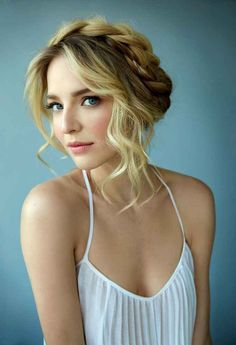 5 Fresh Bridal Hair and Makeup Looks   TheKnot.com