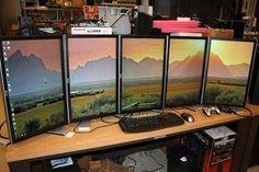 Sweet multi-monitor setup.