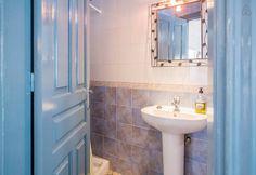 https://www.airbnb.es/rooms/1879912 Échale un vistazo a este increíble alojamiento de Airbnb: Apartamento en el casco antiguo - Apartamentos en alquiler en Frigiliana
