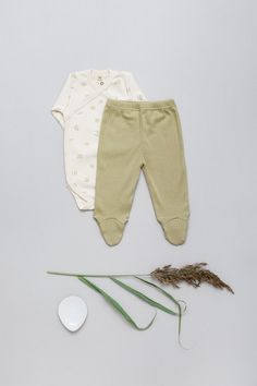 NEW - COMING SOON - in our beloved Baby Essentials Ongoing Collection . NEW - Fabric - 100% organic cotton, GOTS Ribbed-Jersey in a VINTAGE-LOOK made with Love in EU. . Wrap-body - Water of Life - Sage-Green all over print + Baby Footie Leggings - Sage-Green - in Ribbed-Jersey, VINTAGE-LOOK, soft, natural stretchy, breathable. #babybasics #organicbyfeldman #wateroflife #newbornessentials #ribbedjersey #sagegreen #madeineu #babymode #organicbabyclothes Baby Leggings, Organic Baby Clothes, Baby Kids Clothes, Newborn Essentials, Baby Prints, Vintage Looks, Organic Cotton, Sage, Babies