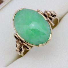 Beautiful Vintage 18ct Yellow Gold Jade (5.00 carat) Engagement Ring Size (R)