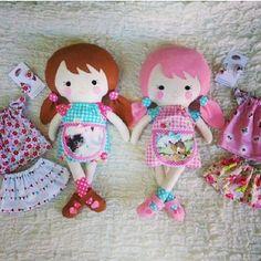 Darling Dolly Sisters by @hollyrubymud  soooo cute! Patterns by DollsAndDaydreams.com