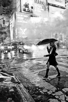 NYC in the rain black and white photography Black White Photos, Black And White Photography, I Love Rain, Parasols, Concrete Jungle, Dancing In The Rain, Rainy Days, Rainy Night, Belle Photo