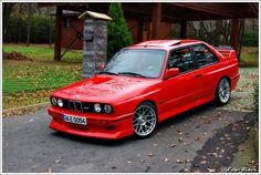1988 BMW E30 M3. in my mind, the quinnessential 80s car.