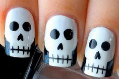 Cool Halloween Nail Art Ideas http://www.designsnext.com/halloween-nail-art-ideas/