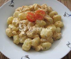 Jednoduché gnocchi se smetanou, kuřecím masem a houbami. Gnocchi, Risotto, Macaroni And Cheese, Menu, Treats, Ethnic Recipes, Mac Cheese, Menu Board Design, Sweet Like Candy
