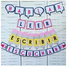 Spanish Verbs Banners Espanol Teacher by NoLandLikeGarland on Etsy Spanish Classroom Decor, Kindergarten Classroom Decor, Bilingual Classroom, Bilingual Education, Elementary Spanish Classroom, Classroom Signs, Elementary Library, Classroom Setup, Future Classroom