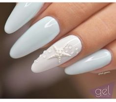 Nails Light blue and white gel nails with a nice star detail Light blue and white gel nails with a nice star detail White Gel Nails, Light Blue Nails, Blue And White Nails, Nail Polish Colors, Nails Polish, Hair And Nails, My Nails, Beach Nails, Summer Nails