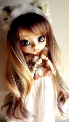 "lowdoll: ""Missy por fin tiene su peluca by Fer&Uzume on Flickr. """