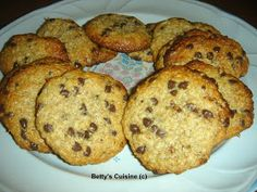 Betty's Cuisine: Μπισκότα με ταχίνι, βρώμη και μέλι Cake Recipes, Biscuits, Recipies, Muffin, Sweets, Vegan, Cookies, Breakfast, Desserts