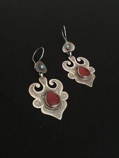 Turkmen ethnic vintage silver cuff earrings with cornalian and