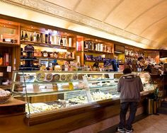 Quattro Cantoni - Siena, Italy - small cafe/bar in Siena - perfect for a quick lunch.