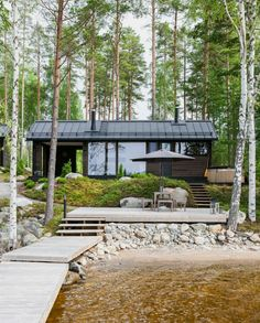 Lakeside sauna in Finland. Cottage Design, Cottage Style, House Design, Lake Cabins, Cabins And Cottages, Cabins In The Woods, House In The Woods, Summer Cabins, Forest House