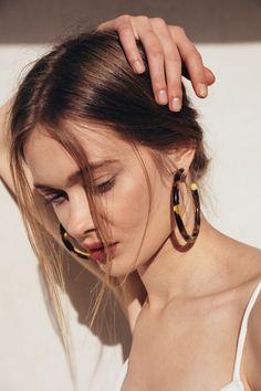 Geneva Earring - Tortoise – CULT GAIA