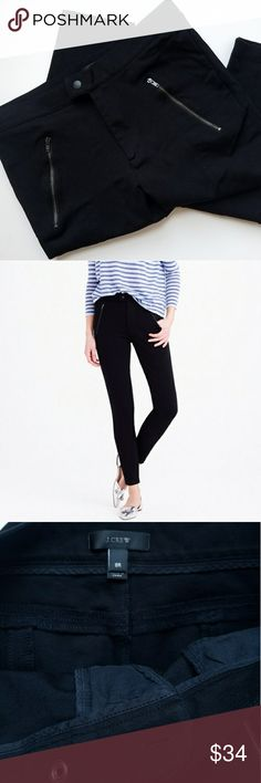 J.Crew Snap Front Pixie Ankle Skinny Pants In excellent pre loved condition. Snap & all zippers work. No rips ,stains or piling. Photos show signs of wear and quality of item. Smoke & Pet free home. J. Crew Pants Ankle & Cropped