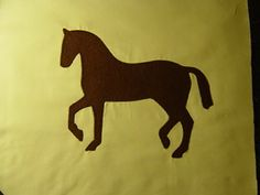 Simple horse applique