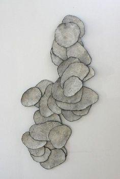 """""""Le feutre en mouvement"""" jusqu'au 21 juillet. Le Musée du Feutre de Mouzon. Place du Colombier. 08210 Mouzon. Ouvert de mai à juillet de 14 à 18h. www.mouzon.fr/musee.asp - Art"""