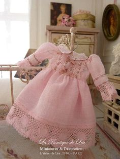 Romantic pink dress Antic French fabric and lace by AtelierdeLea, €59.00