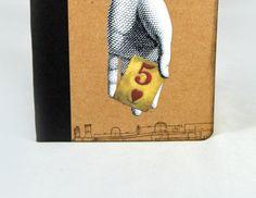 ¡Buenos días! #Detallitos   #LittleDetails de una de nuestras hermosas Libretas de notas Collage, disponibles en nuestra web y Tienda #Etsy. ¡A ésta modelo se lo llevaron de La Ferretería! <3 => #libretas #notebooks #notebook #libreta #collage #cutandpaste #cortarypegar #crafts #craft #manualidades #artesanía #vintage