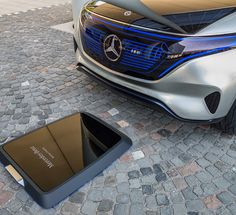 Mercedes-Benz introduces Generation EQ, an electric concept car that boasts the appearance of a sporty SUV coupe. Mercedes-Benz wants to show you how electric Mercedes Benz, Mercedes Electric Car, Electric Cars, Electric Vehicle, Super Sport Cars, Super Cars, Sporty Suv, Porsche, Audi