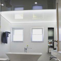 Spanndecke In Weiß Hochglanz, Mit LED Lichtleiste Und Swarovski Strahlern# Wohnzimmer#beleuchtung#decke#swarovski#led#renovieren#dekorieren |  Wohnzimmer ...