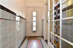 tegellambrisering glas in lood deur | utrecht oog in al | jaren 30  | monique van waes mozaiek.com