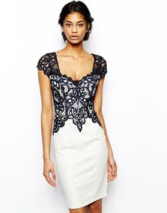 Seriously loving this dress. If I had 200 bucks to blow, I so would.