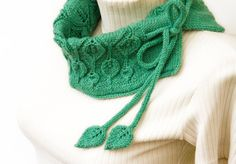 hand knitted leaf cowl made from 100% merino wool by LeafyDesign