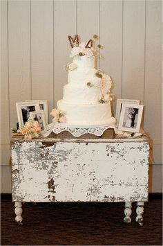 I love the look of this table. Just a little longer and it'd be perfect for a dessert table.