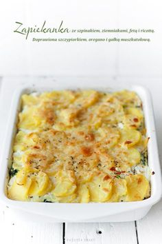 Zapiekanka ze szpinakiem, serem i ziemniakami Vegetarian Recipes, Snack Recipes, Cooking Recipes, Healthy Recipes, Polish Recipes, Polish Food, Macaroni And Cheese, Food To Make, Good Food