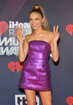 Leslie Grace Photos - Leslie Grace arrives at the 2018 iHeartRadio Music Awards which broadcasted live on TBS, TNT, and truTV at The Forum on March 2018 in Inglewood, California. Leslie Grace, Inglewood California, Strapless Dress Formal, Formal Dresses, Leeteuk, Tbs, Music Awards, Red Carpet, March