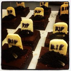 R.I.P. brownies for Halloween at #TGPas