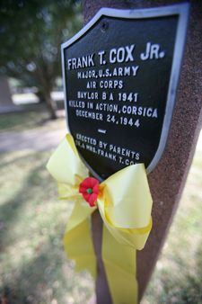 Baylor's memorial lampposts  honor those who served our country