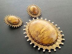 Vintage Antique Wooden Style Brooch and Earring Set by thebeautifulboheme. Explore more products on http://thebeautifulboheme.etsy.com