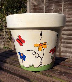 Flower Pot Art, Flower Pot Design, Flower Pot Crafts, Painted Plant Pots, Painted Flower Pots, Clay Pot Projects, Clay Pot Crafts, Colorful Garden, Terracotta Pots