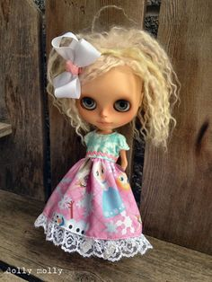 dolly molly FROZEN dress and bow for BLYTHE doll by dollymolly