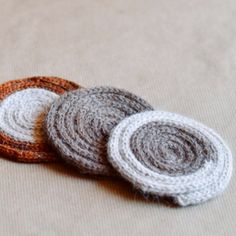 Knit icord around a wool roving core to make these simple mug rugs. Perfect for beginning knitters to practice with double pointed needles.