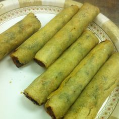 Lean Cuisine spring rolls! Freakin addicted to these things for a quick snack-200 caleries