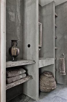 love this, rustic wood, tadelac, wocen baskets, all grey and open shelves