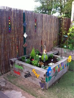 Sensory herb garden by anya sparks ≈≈ natural playground, outdoor playground, kids mud Outdoor Learning Spaces, Outdoor Play Areas, Outdoor Fun, Preschool Garden, Sensory Garden, Outdoor School, Outdoor Classroom, Garden Nursery, Reggio Emilia