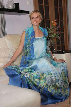 """Платья ручной работы. Ярмарка Мастеров - ручная работа. Купить Батик """"Розы и жасмин"""" Атласное Платье и  шифоновый шарф. Handmade."""