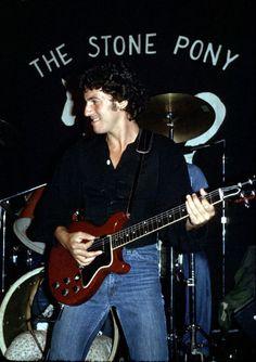 Brucebase - 1977-05-19 - THE STONE PONY, ASBURY PARK, NJ