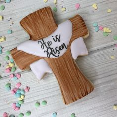 I cannot thank you all enough for the continued support of my little cookie biz. Every liked post, shared post, recommendation and order placed means more to me than you know. I hope you all have a wonderful day celebrating with the ones you love. Happy Easter! #cross #heisrisen #wood #woodcookies #paintbrush #watercolor #purple #Easter #eastercookies #celebration #easterbasket #decoratedcookies #decoratedsugarcookies #edibleart #edibleart #kaleidacuts #calligraphy #handlettering #sash… Sugar Cookie Royal Icing, Iced Sugar Cookies, Christian Cakes, Christening Cookies, Cross Cookies, Chocolates, Easter Cross, Easter Cookies, Happy Easter