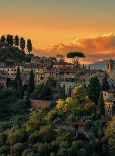 Palaia in Tuscany, Italy PINTEREST: livegrowlaugh #ItalyTravel