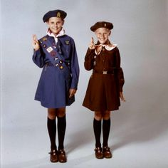 1970s Canadian Brownie & Girl Guide